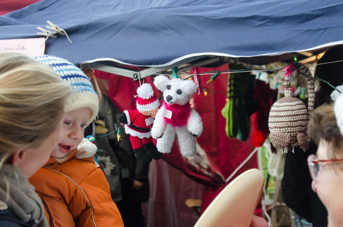 Vorweihnachtlicher Markt der Brennerei Erlwein in Hundsboden